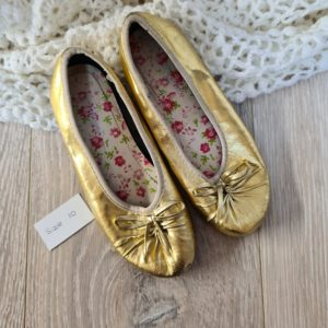 Preloved Gold Shoes